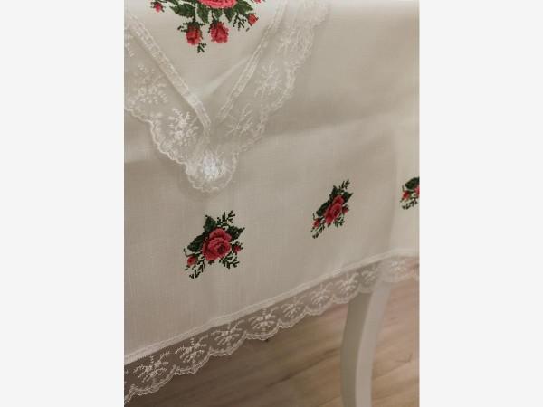 Kreuzstich gedruckt Guipure Four Roses Tischtuch Set 18-teiliges Claret Red